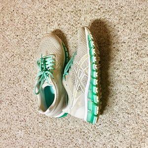 ASICS Quantum 360 full-gel running shoes /U.S 5.5